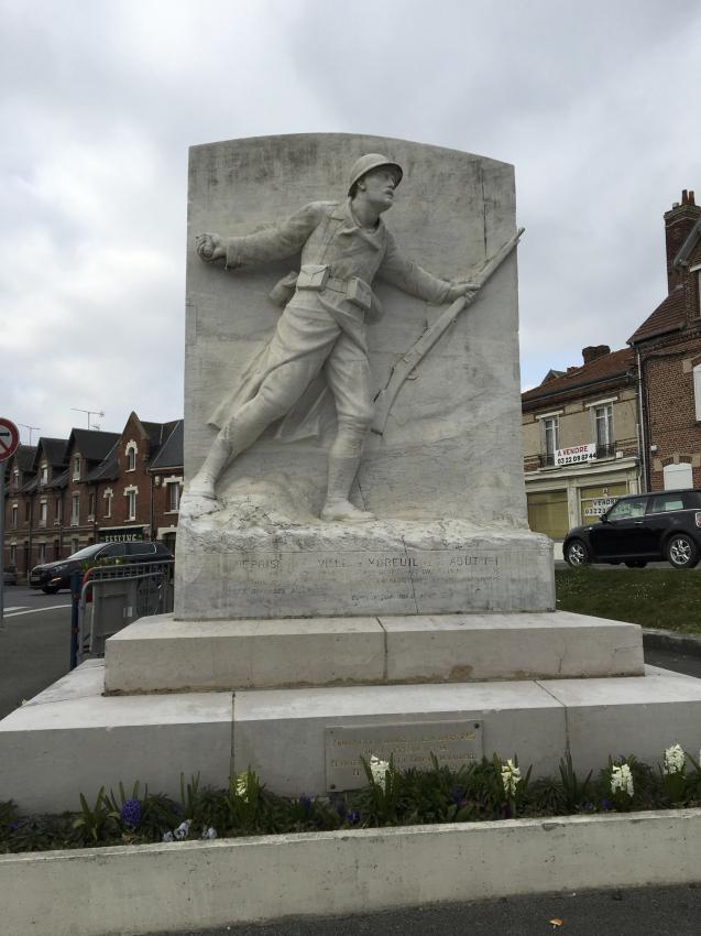 Monument aux morts moreuil